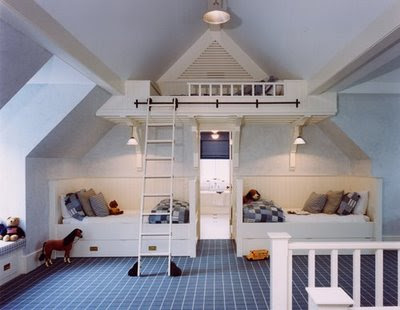 Lot's of play room, and that rolling ladder leads to such