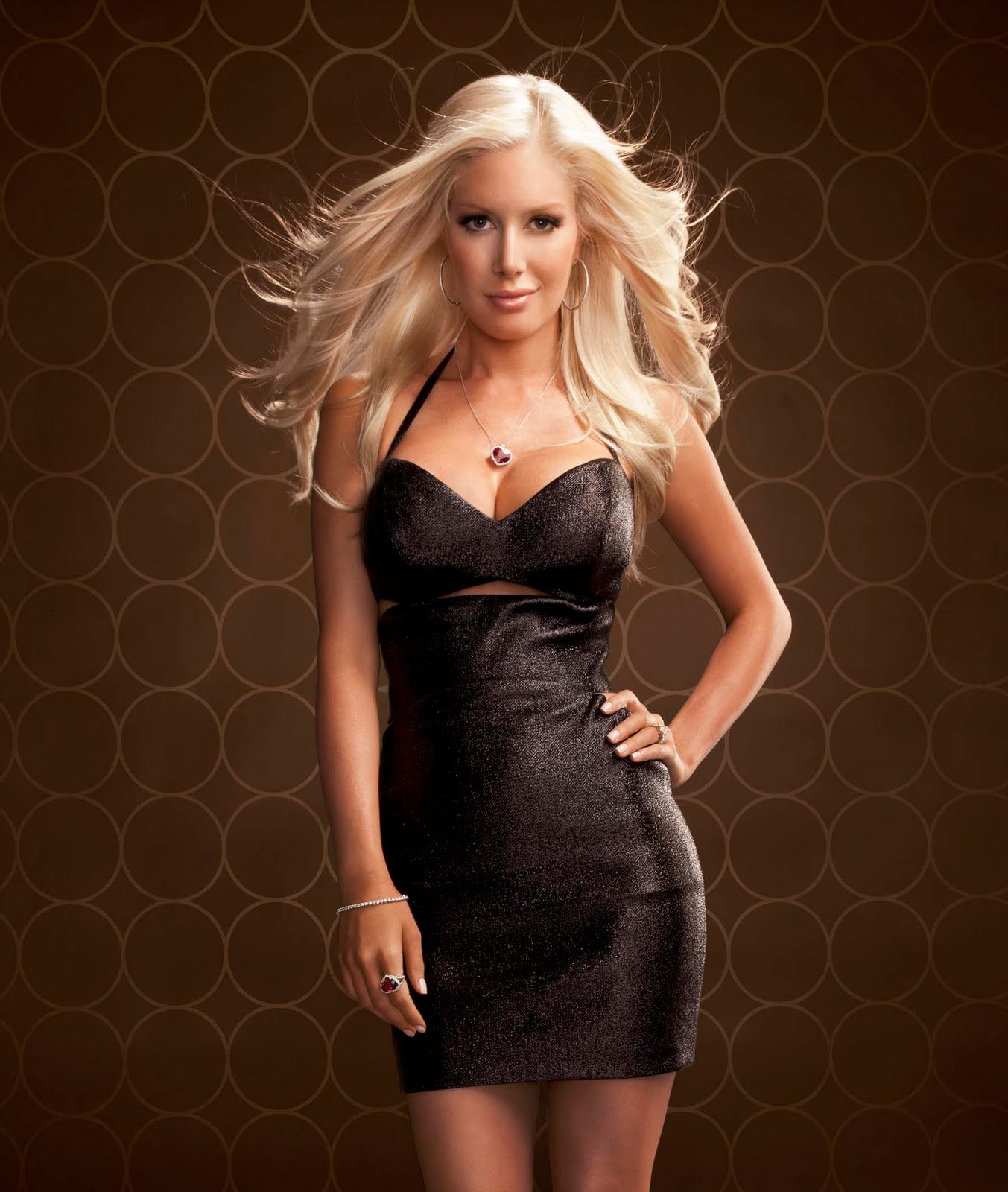 Heidi montag fashion mp3 YouTube-MP3.org agrees to shut down after being sued
