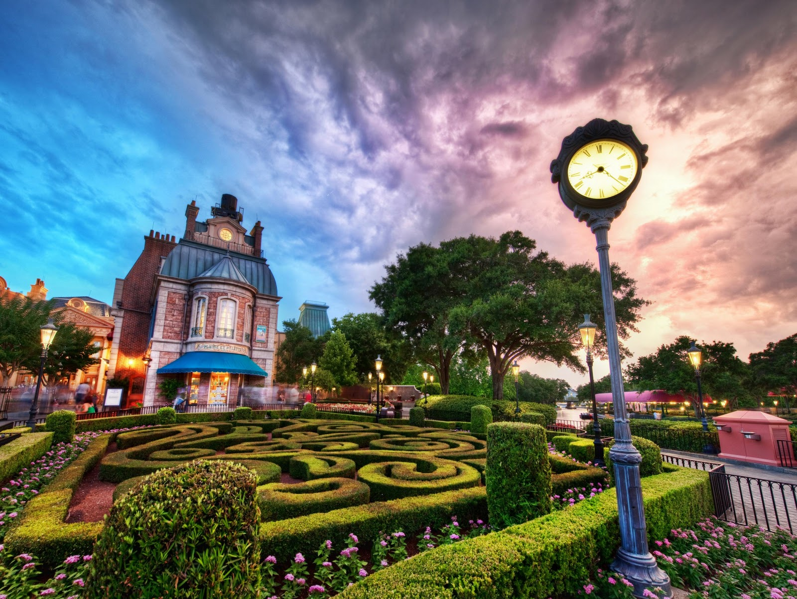 The walt disney world picture of the day jardin fran ais for Jardin francais