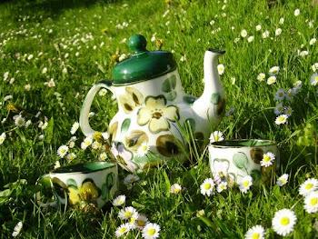 Vous prendrez bien une tasse de thé ?