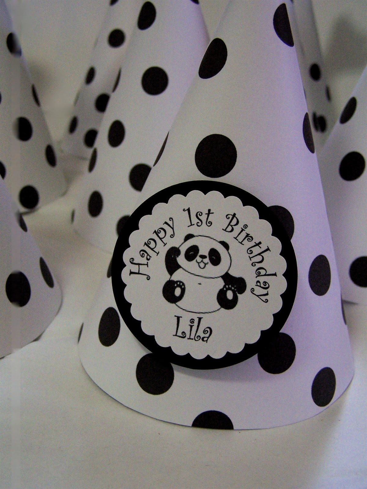 Google themes panda - Turn Your White Paper Lanterns Into A Cute Panda With 2 Pompoms And This Template Diy Paper Pinterest Paper Lanterns Awesome And The White