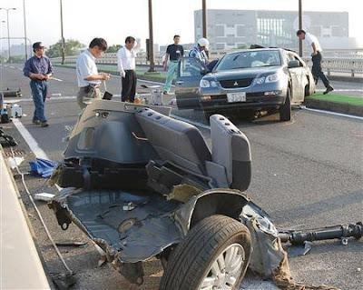 Japan Road Crash 01