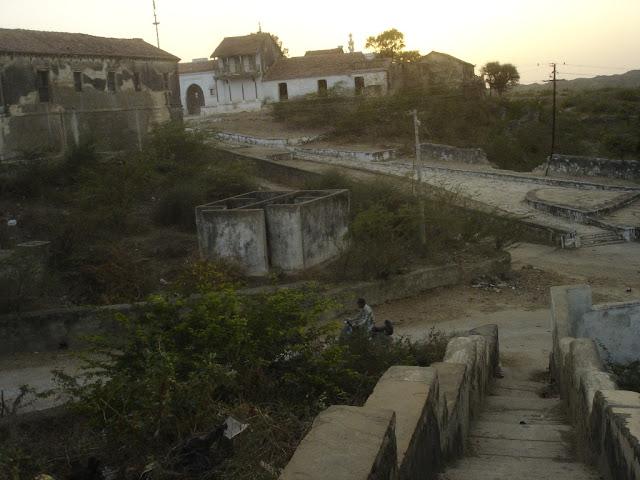 kera kutch gujarat village dargah