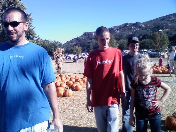 [PHOTO4PumpkinPatch]