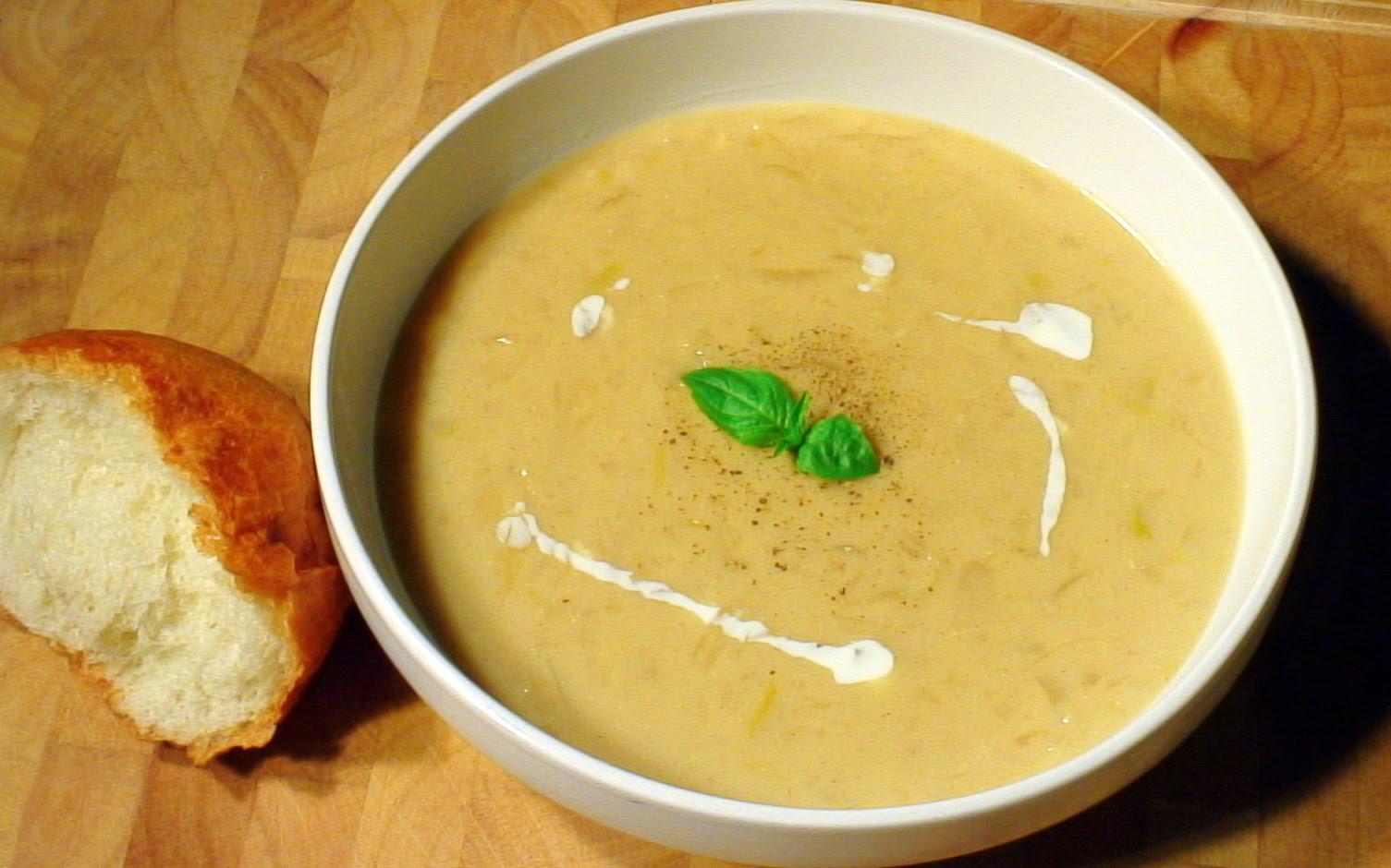 Edible Menu: Cream of Onion Soup