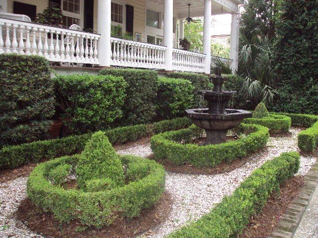 Antique Art Garden Glimpse Of Gardens In Downtown