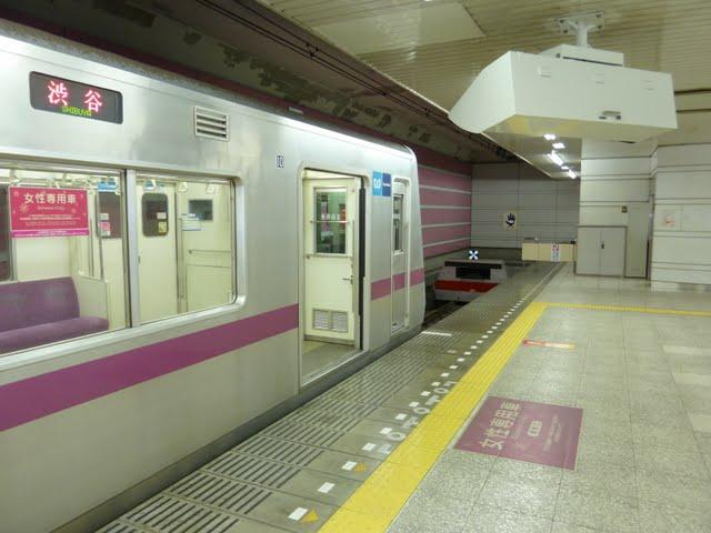 東京メトロ半蔵門線 渋谷行き 8000系(大晦日終夜運転)