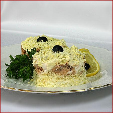Рецепты салатов из сайры консервированной
