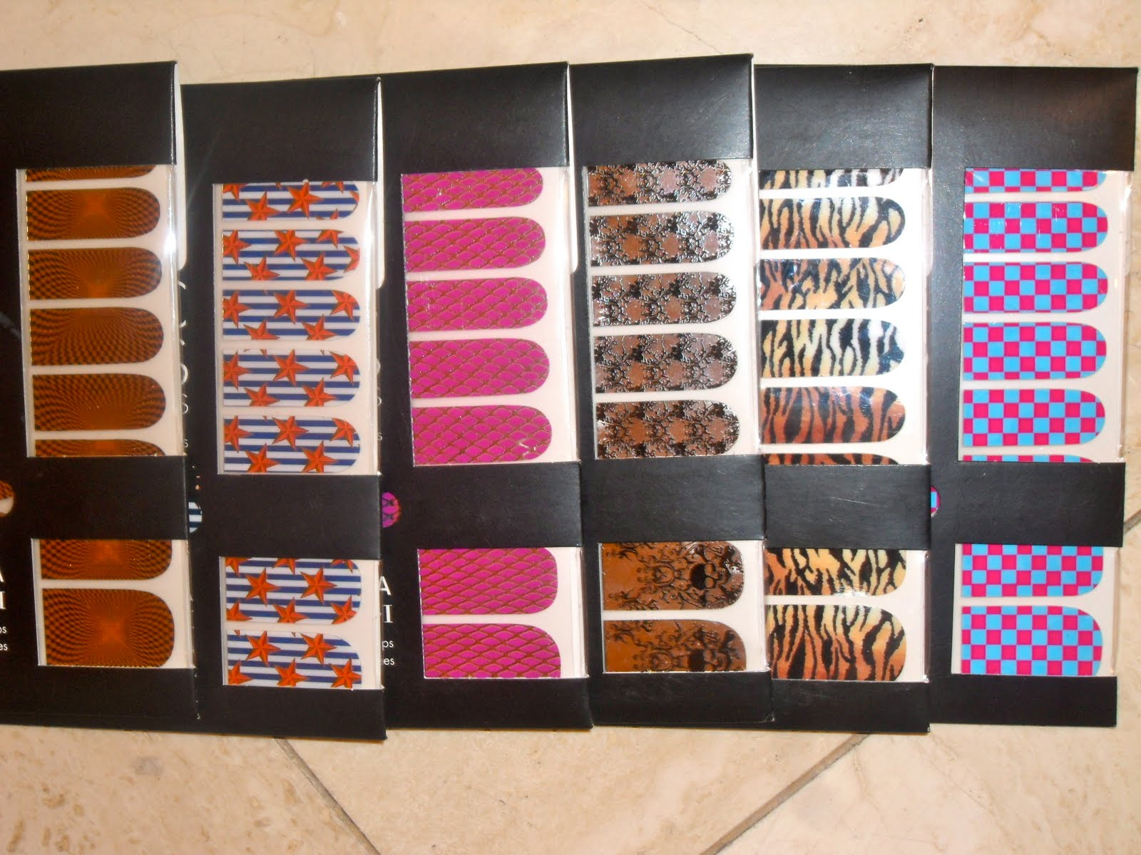 REVIEW | Sephora 'Chic Nails' nail art stickers