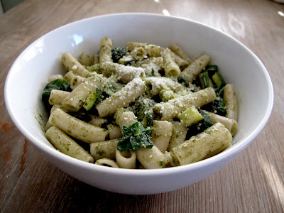 Penne with Spinach and Zucchini in Pesto Sauce