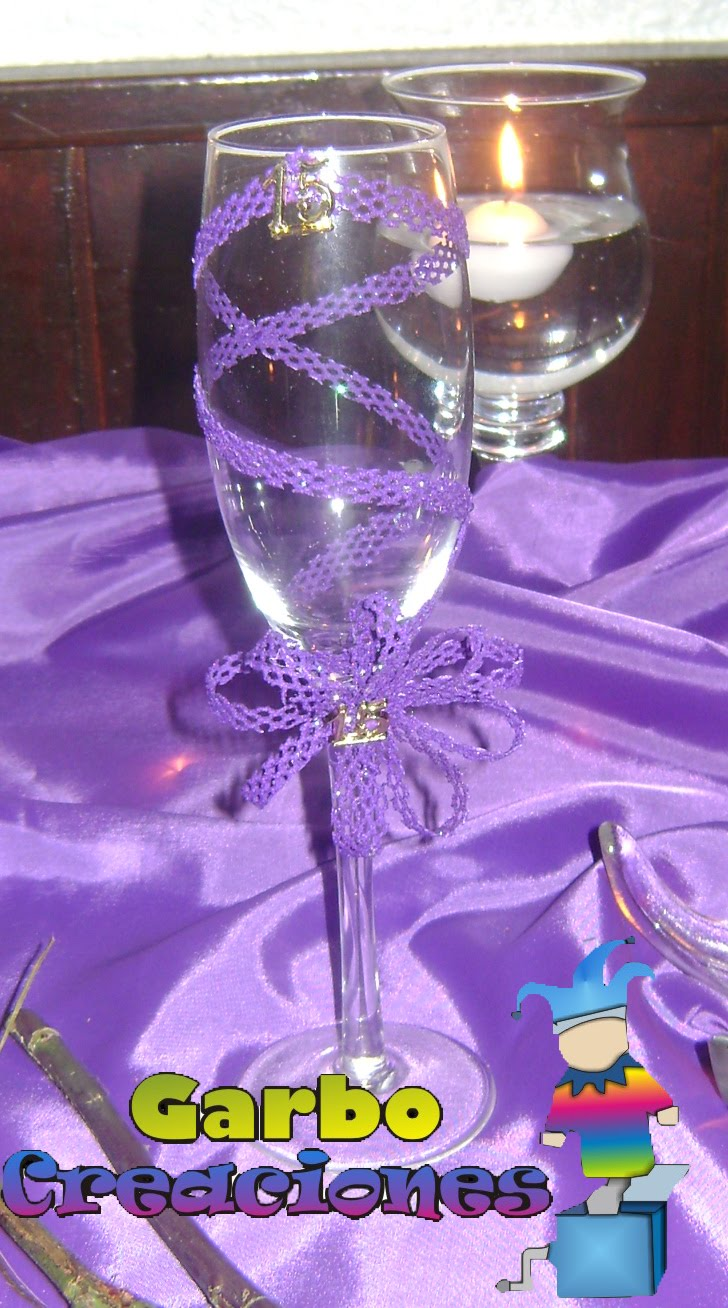 Arreglos de botellas para quinceanera car interior design for Mesas decoradas para bodas