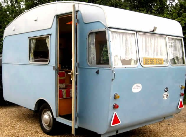 Elegant En Mycket Udda Kvalitetsvagn Tillverkad I England