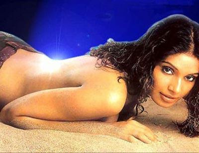 http://3.bp.blogspot.com/_zdXM26B15vE/TTwlVR5jmXI/AAAAAAAABro/tDR34F8G0JY/s400/Bollywood-Actress-Without-Clothes-2.jpg