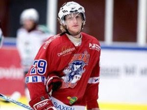 Second-round pick Simon Hjalmarsson led second-dvision club Borås HC in scoring this season