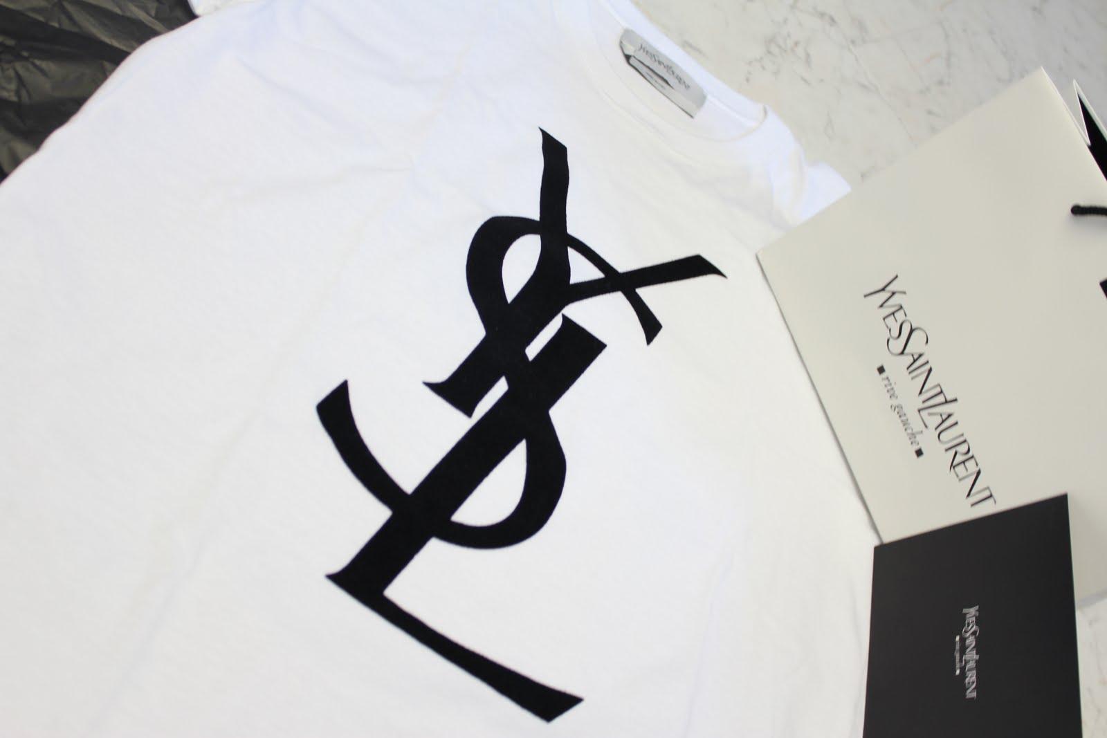 Gila oortje juli 2010 for Ysl logo tee shirt