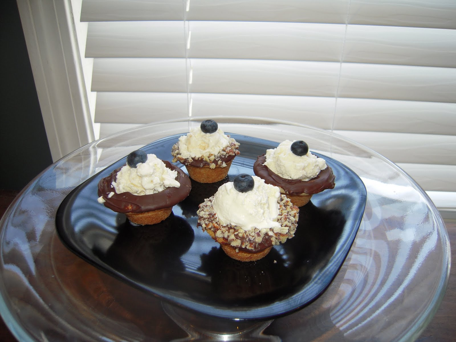 Adventures in Contesting: Mini Ice Cream Cookie Cups
