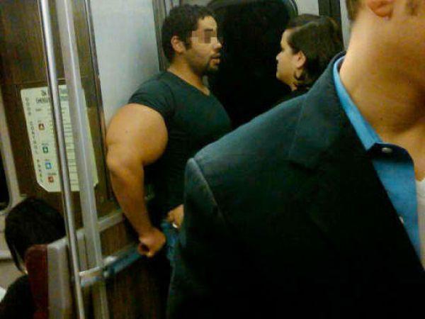 Brazos enormes Biceps_03