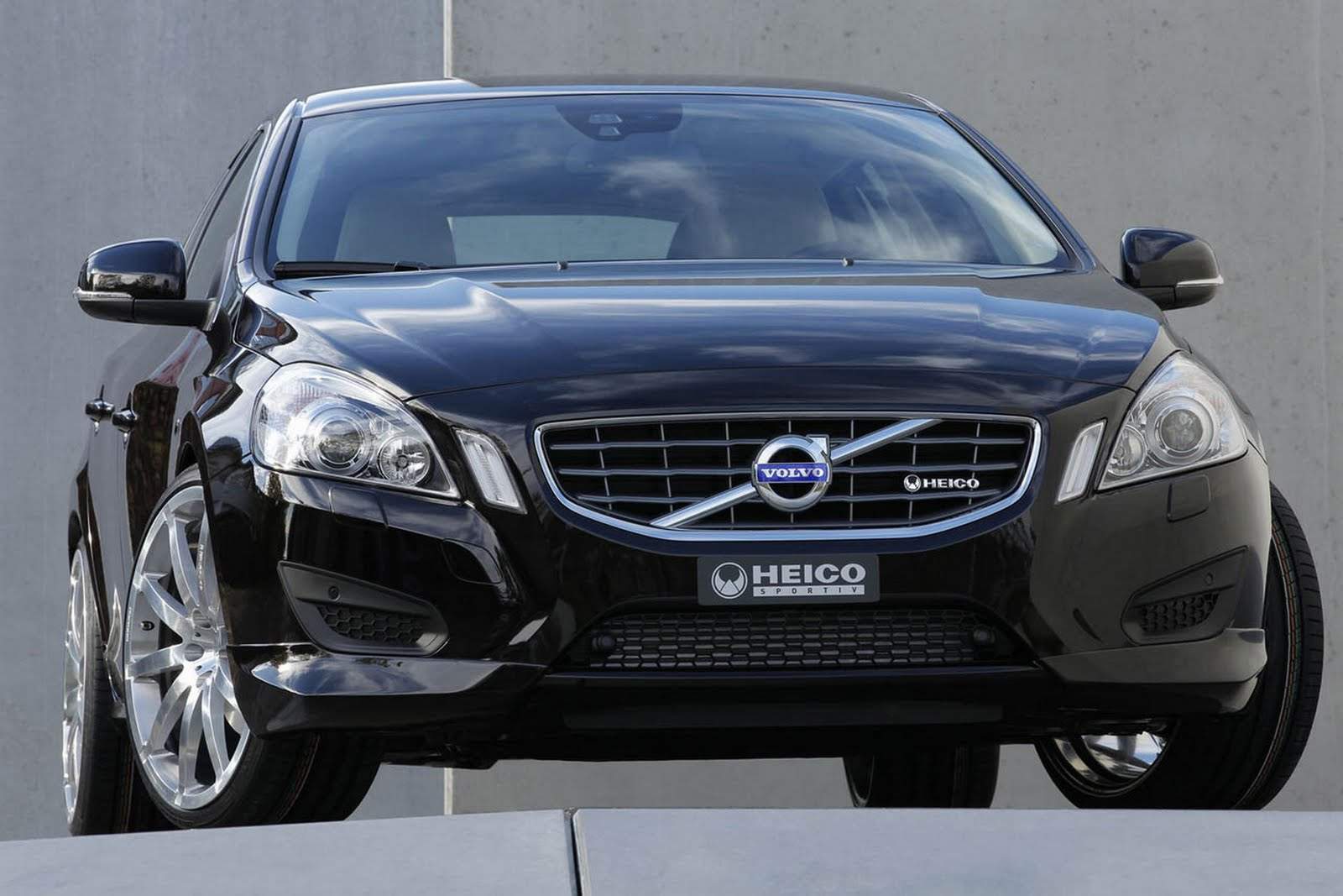 motion for polestar driving price auto news announces volvo pricing location and canada