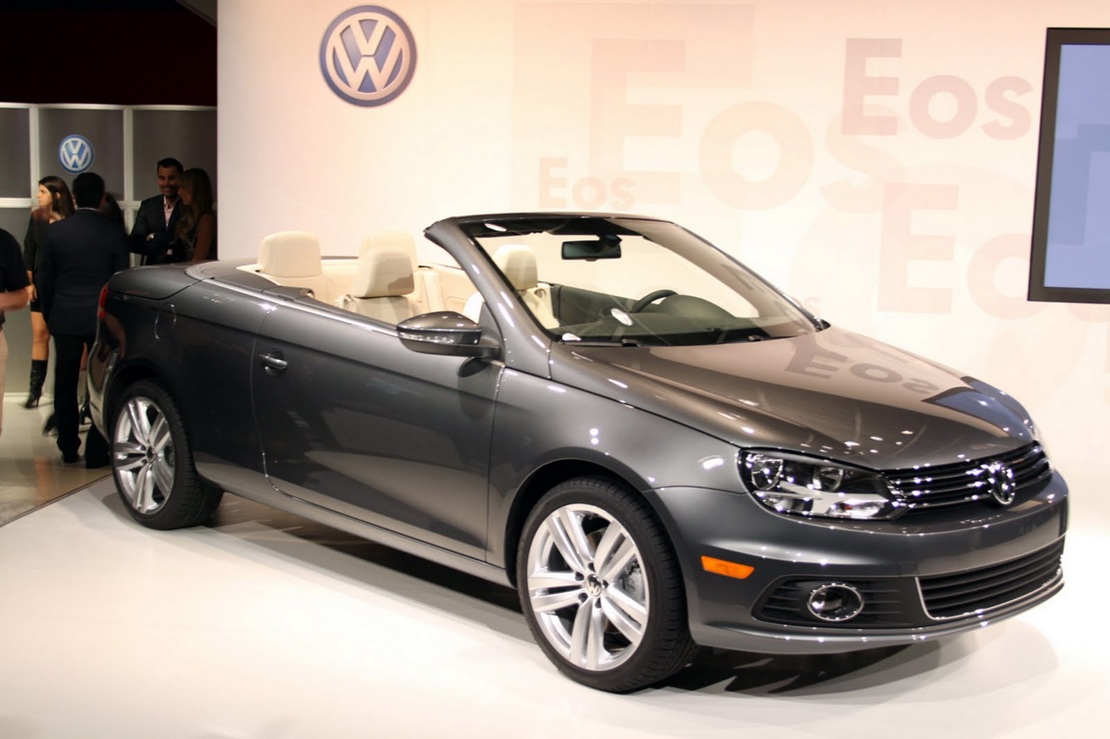2012 volkswagen eos specifications and features with price details car modification 2011. Black Bedroom Furniture Sets. Home Design Ideas