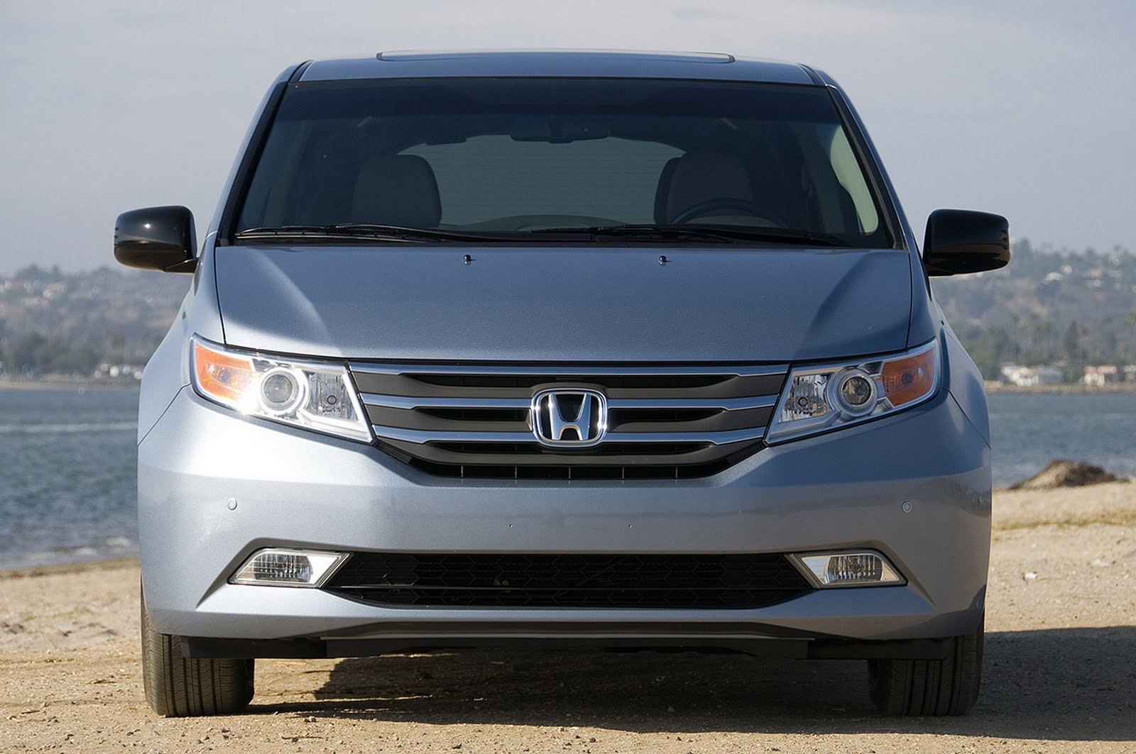2011 Honda Odyssey Specifications And Features With Price