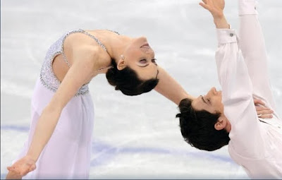 Tessa Virtue Scott Moir free skate gold medal Olympics ice dancing pictures images photos screencaps captures screengrabs white
