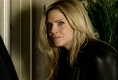 In Plain Sight Mary Shannon Mary McCormack screencaps images photos pictures screengrabs captures