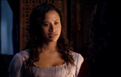 Merlin The Tears of Uther Pendragon Gwen Angel Coulby Guinevere screencaps images photos pictures screengrabs