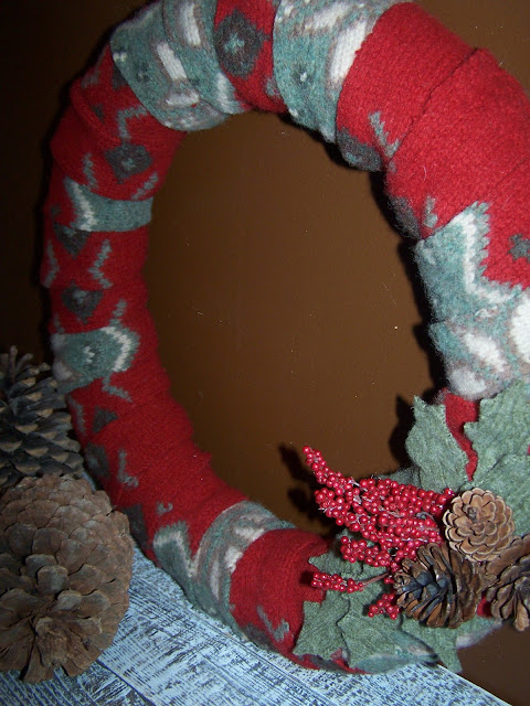 repurposed sweater wreath http://bec4-beyondthepicketfence.blogspot.com/2010/12/12-days-of-christmas-ideas-day-6-and.html
