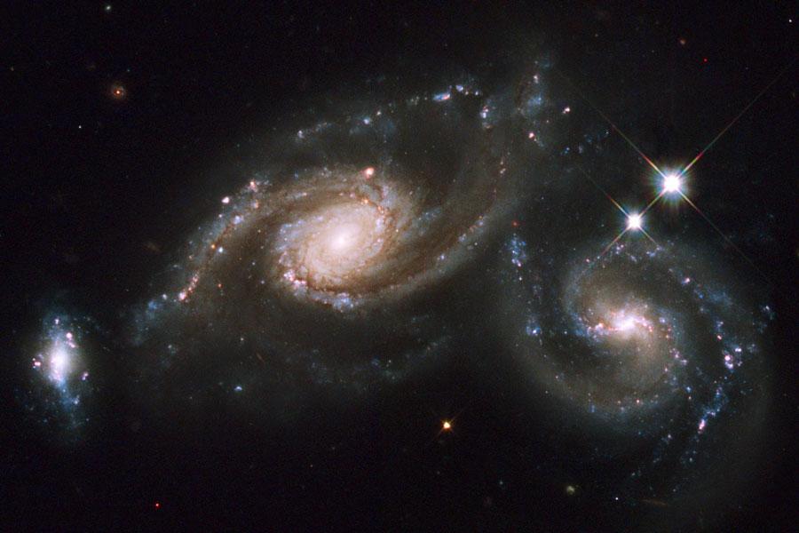[si+el+universo+se+expande,+las+galaxias+chocan+1.jpg]