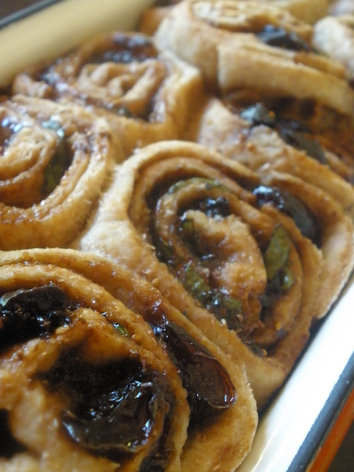 ... pure mama.: Vegan Savory Cinnamon Rolls and Mini Sweet Cinnamon Rolls