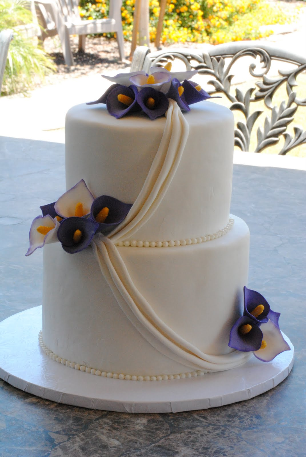 Pin Purple Calla Lily Wedding Cake Heart Shaped About The