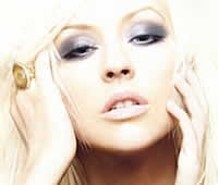 Christina Aguilera : Mulheres nuas são mais bonitas do que homens