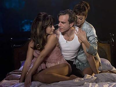 Penélope Cruz faz dança sensual no musical Nine