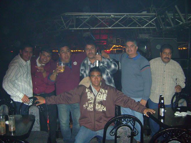 LOS PEGA CHAVOS
