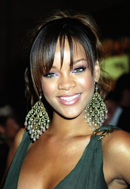 gorgeOus rihanna `
