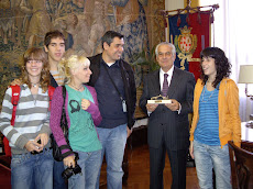 MAYOR OF CAGLIARI RECEIVES SPANISH STUDENTS