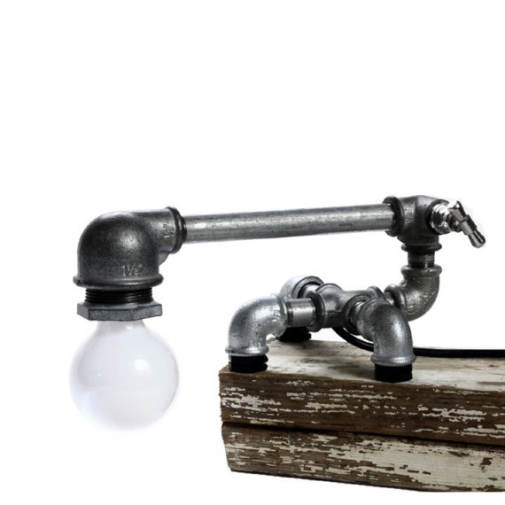 su recicla lampara de tubos de fontaner a