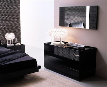 #8 Black Bedroom Design Ideas