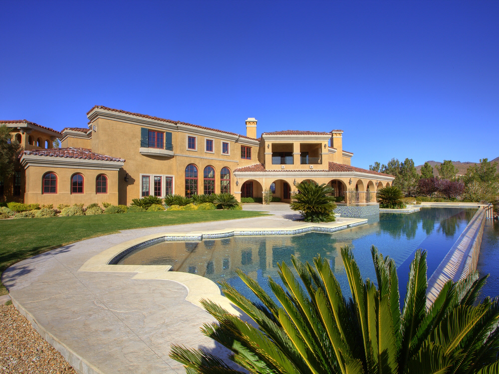 http://3.bp.blogspot.com/_zrxESWFXwYc/TUVwyudym9I/AAAAAAAABs4/JAnuvY6n-A0/s1600/Luxury-4-Million-House-in-Nevada-.jpg
