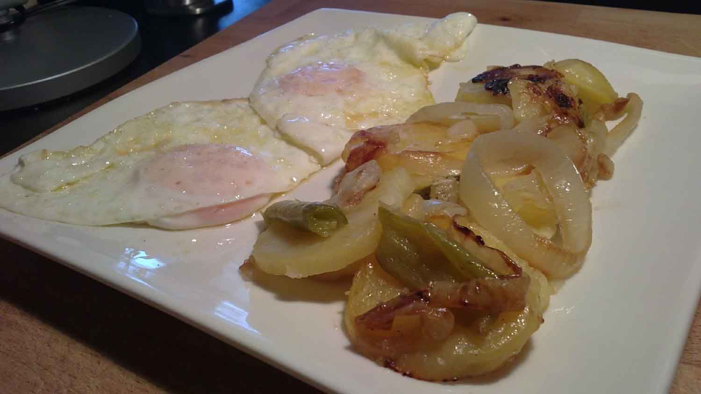 El sibarita pobre patatas a lo pobre con huevo una forma for Cocinar patatas a lo pobre
