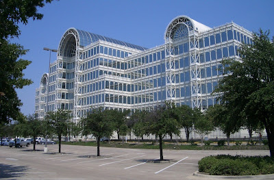 Where S Chuck The Crystal Palace In Dallas