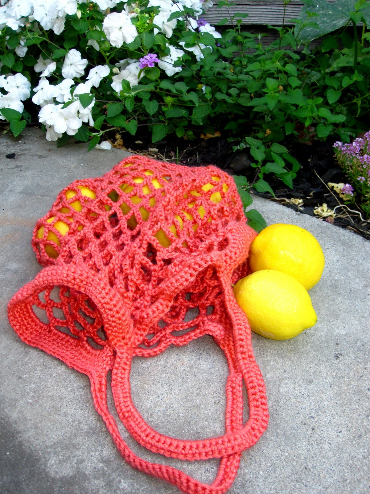 More Fun With An Apron: Crochet Produce Bag