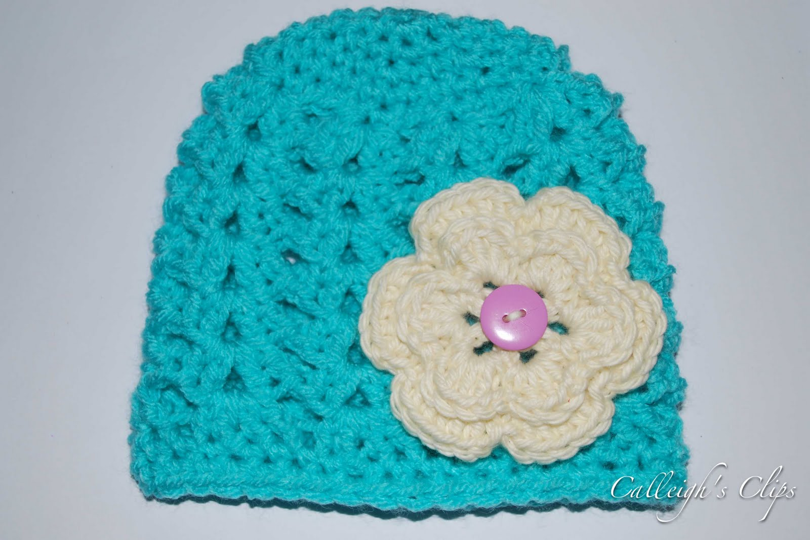 Crochet Stitches For Beanies : Calleighs Clips & Crochet Creations: Shell Stitch Beanie
