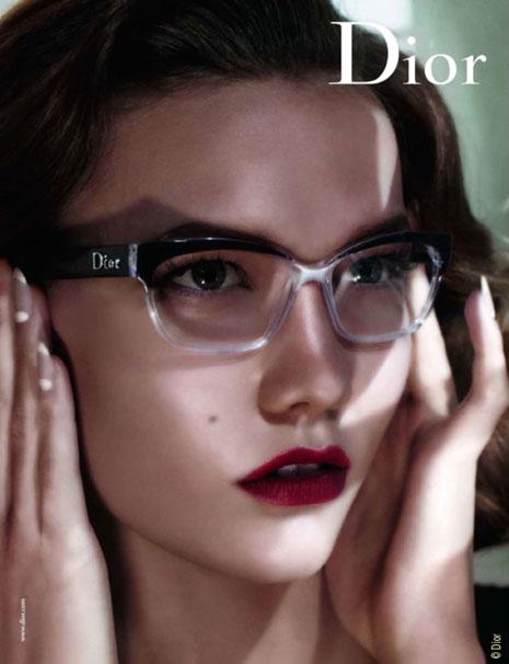 La femme dans la pub. - Page 4 Dior-eyewear-ss2010-2