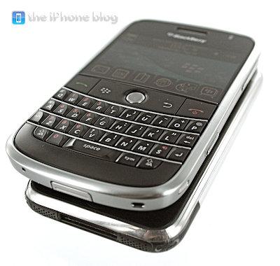 iphone vs blackberry bold 26 BlackBerry vs iPhone : Le Duel (Photos Video)