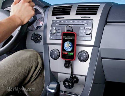 belkin tunebase iphone 1 Belkin TuneBase iPhone : RadioFM Kit Main Libre Voiture (images)