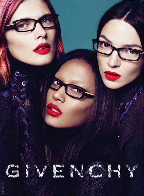 Lunettes de Vue Givenchy Hiver 2010 2011 Campagne - MaxiTendance 521e01b21115