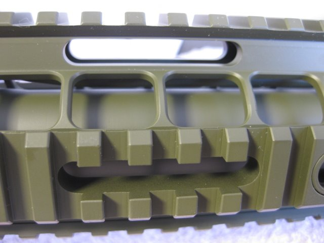 ar10 handguard close up