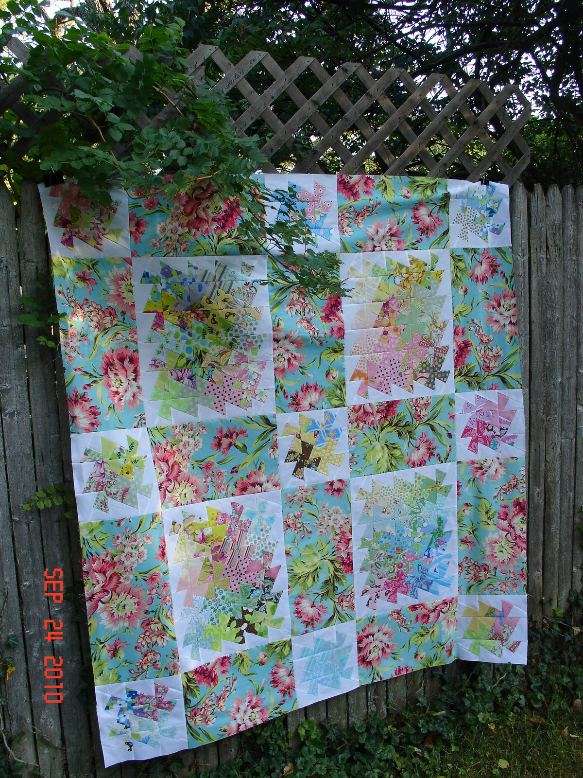 Quilt Patterns Using Large Scale Prints : Salad bar, Quilting and Salads on Pinterest