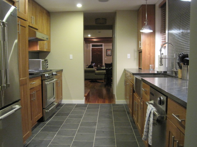 Fabulous Wide Galley Kitchen with Island 640 x 480 · 93 kB · jpeg